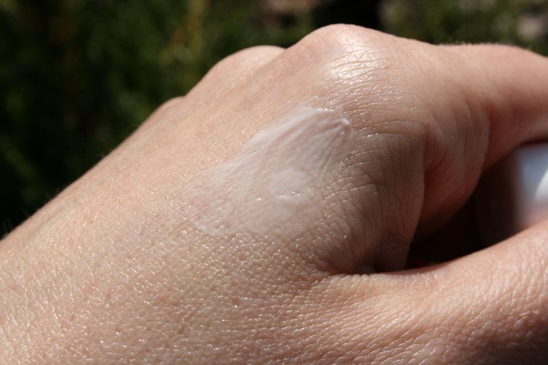 Farmona dermacos żel punktowy zwalczający wypryski www.glowlifestyle.pl-008