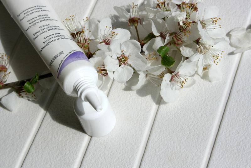 Synchrovit krem pod oczy z retinolem glowlifestyle.pl-005