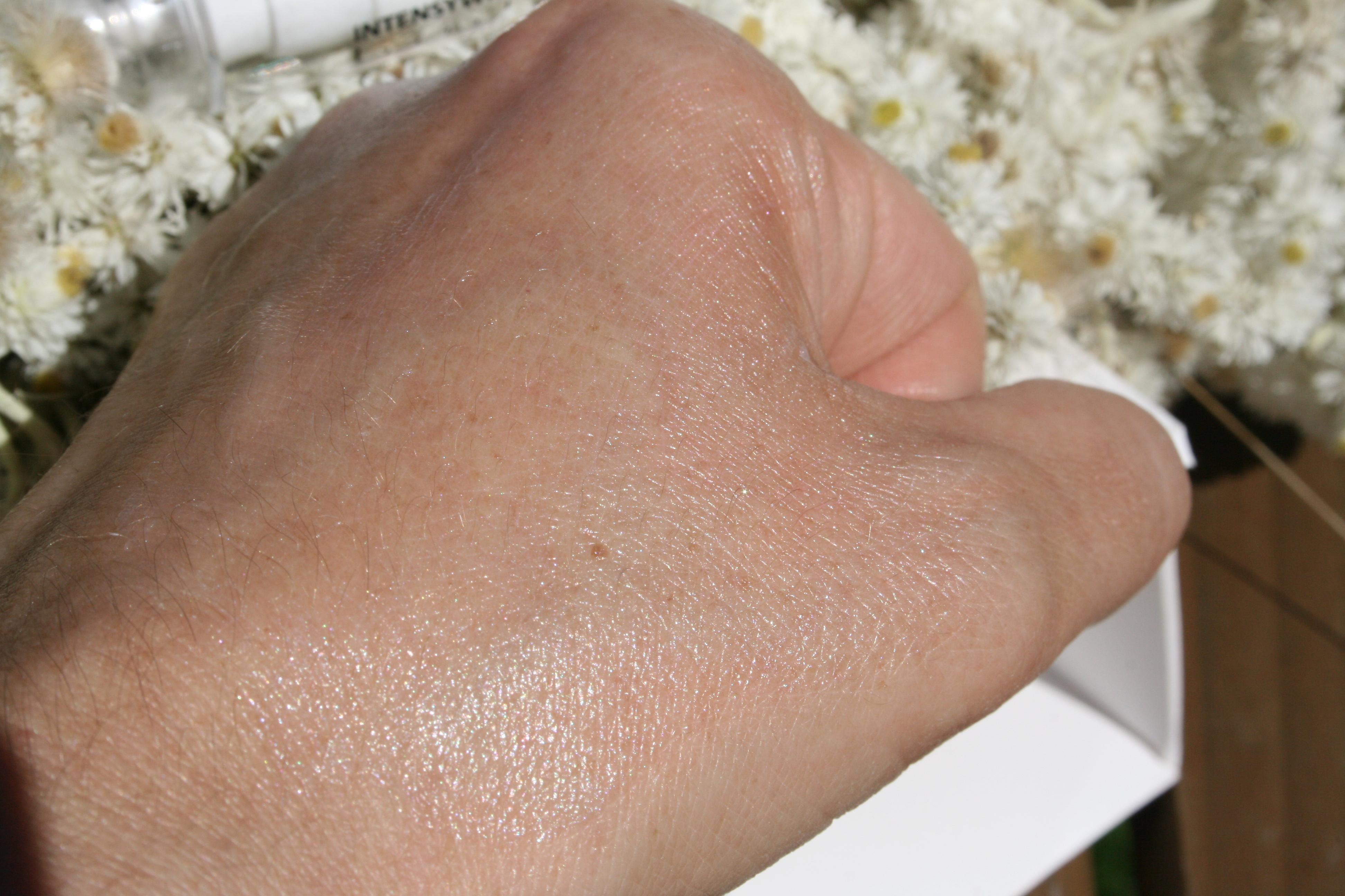 przeciwzmarszczkowy eliksir pod oczy