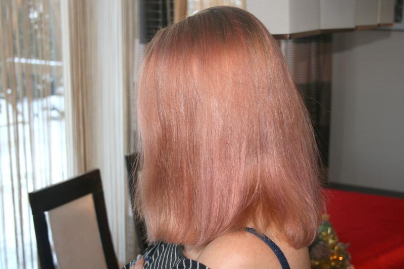 Różowe włosy i jak się pozbyć żółtych włosów