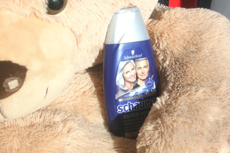 srebrny szampon do włosów siwych, białych i farbowanych na blond