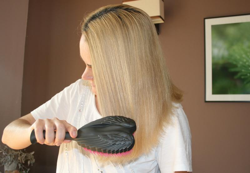 Naturalny szampon i odżywka do włosów i skóry głowy Bionigree z wyciągiem z czarnej porzeczki