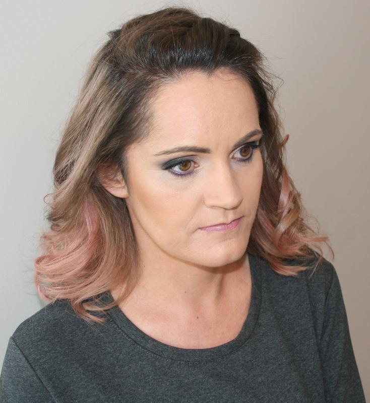metamorfoza włosy, makijaż, paznokcie