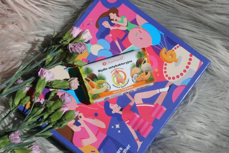 pudełko na 6 urodziny Shinybox