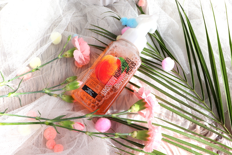 Bath & Body Works Mydło w piance Peach Bellini
