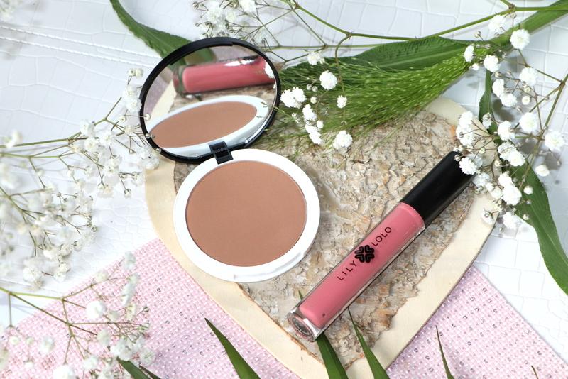 Naturalny makijaż mineralny Lily Lolo - prasowany bronzer Honolulu i naturalny błyszczyk